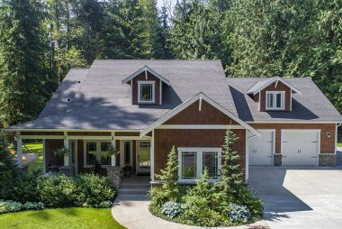 Three Lake Snohomish Home