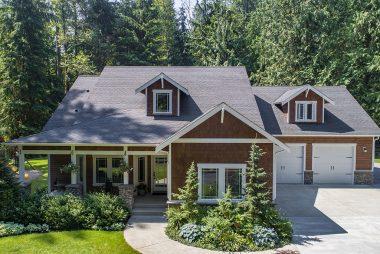 Three Lake Snohomish Home