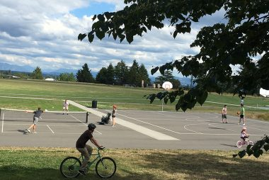 Seattle Maple Leaf Condo - Park at Roosevelt Avenue