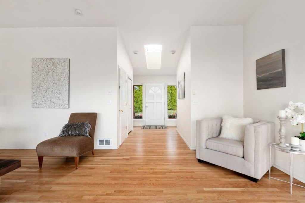 01-Camano-Island-Home-Living-Room-1024x628