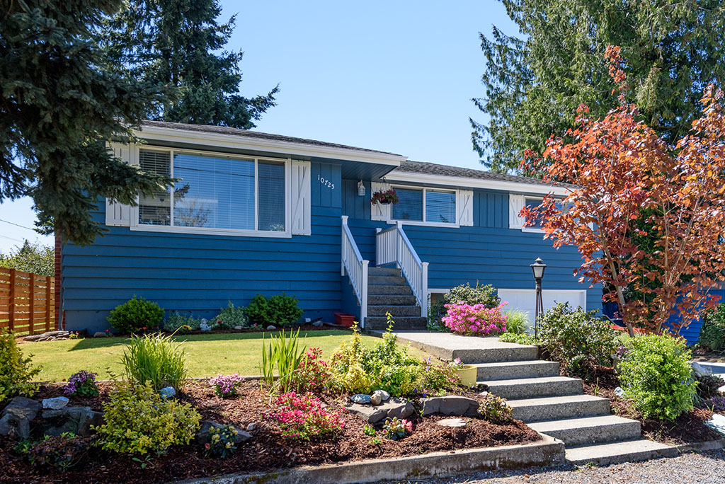 01-renton-home-sale-exterior-front