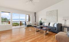 02-Camano-Island-Home-Living-Room-1024x628