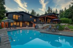 04-bothell-westhill-home-exterior-back-big-pool-1024-680