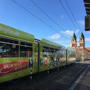 04-germany-transportation-freiburg-tram-470-470