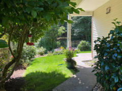 05-kirkland-finn-hill-home-exterior-eastside-1040-780