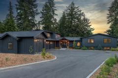 07-bothell-westhill-home-front-and-driveway-1024-680