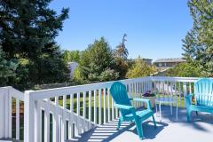 08-renton-home-sale-exterior-deck-view