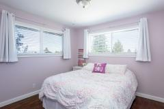 09-renton-home-sale-interior-bedroom