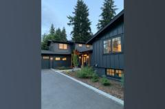 10-bothell-westhill-home-front-entrance-sideview-wide-1024-680