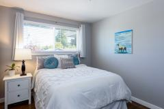 10-renton-home-sale-interior-bedroom