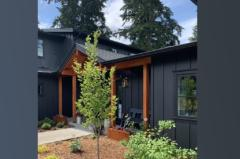 11-bothell-westhill-home-front-entrance-sideview-1024-680