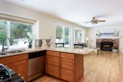 11-education-hill-redmond-home-kitchen