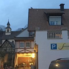 11-kaiserstuhl-restaurant-470-470