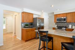 12-education-hill-redmond-home-kitchen.