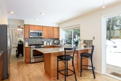 13-education-hill-redmond-home-kitchen.