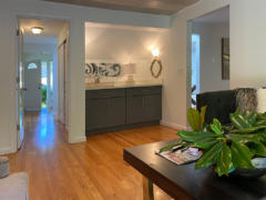 14-kirkland-finn-hill-home-family-room-hallway-1-1040-780