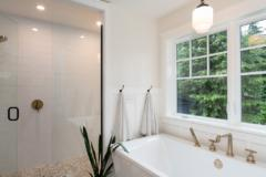 19-bothell-westhill-home-master-suite-1024-680