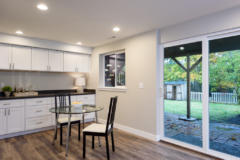 20-bothell-home-downstairs-family-bedroom-bath-1024-684