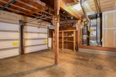 21-education-hill-redmond-home-garage