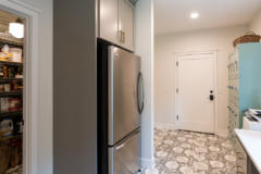 26-bothell-westhill-home-mud-room-1024-680