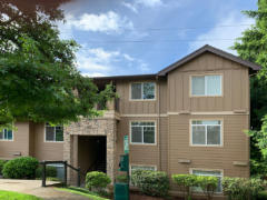 31-bothell-brookwood-condo-exterior-entry-1024-768