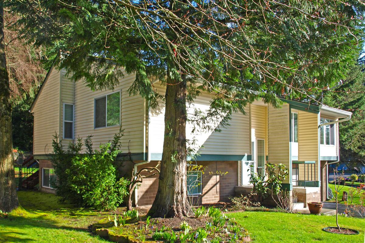 01-kirkland-home-for-sale-exterior (1)