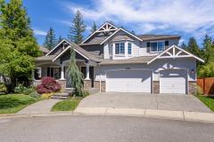 Redmond Ridge home sale exterior front