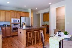 Redmond Ridge home sale eating area & kitchen
