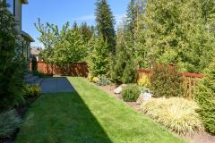 Redmond Ridge home sale backyard