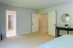 Redmond Ridge home sale master bedroom