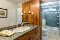 10-Bellevue-Meydenbauer-Home-For-Sale-Bathroom