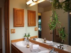 bathroom-full-307148