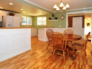 03-kirkland-home-for-sale-kitchen-to-hall-172