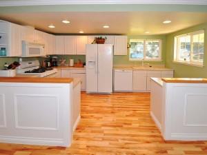04-kirkland-home-for-sale-kitchen-straight-165