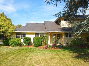 19-kirkland-home-for-sale-home-front-detail-7286