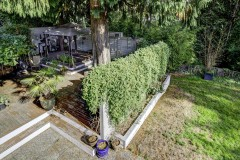 24-kirkland-short-sale-deck-and-backyard