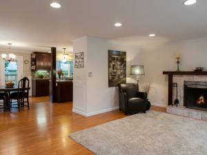 02-redmond-home-for-sale-front