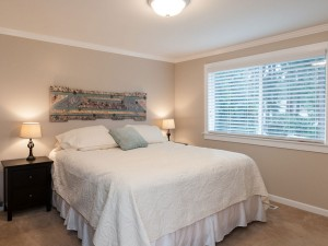 12-redmond-home-for-sale-master-bedroom