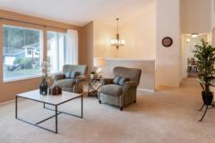 04-kirkland-home-for-sale-living (1)