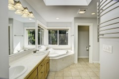 19-snohomish-clearview-home-for-sale-master-bath